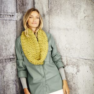 Ladies Cowl Super Chunky Pattern 9810