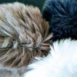 Pom pom for hats Loza Wool Dublin