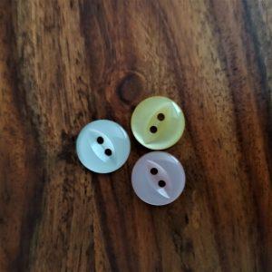 Fish Eye Button Loza Wool Dublin